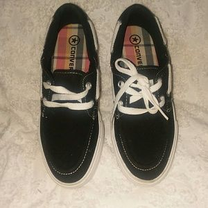 New Converse Boat bow stern style shoes sz 7 NWT